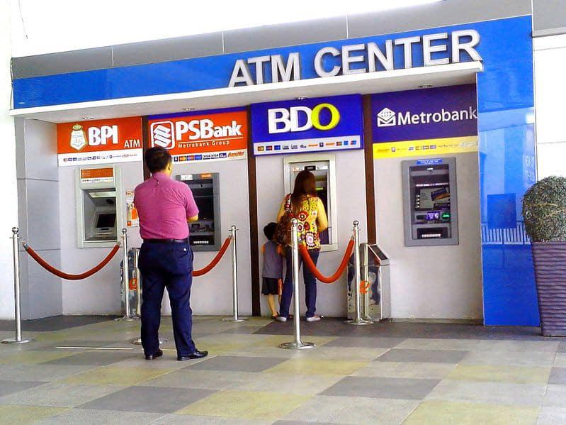Prelevare nelle Filippine Dove cambiare soldi Bancomat e Carte 1