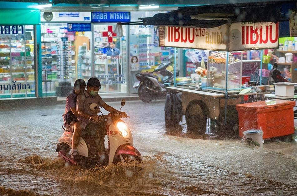 pioggia in thailandia
