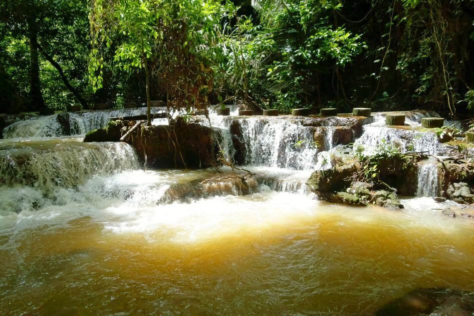 Cascata che il parco nazionale di Bok Khorani