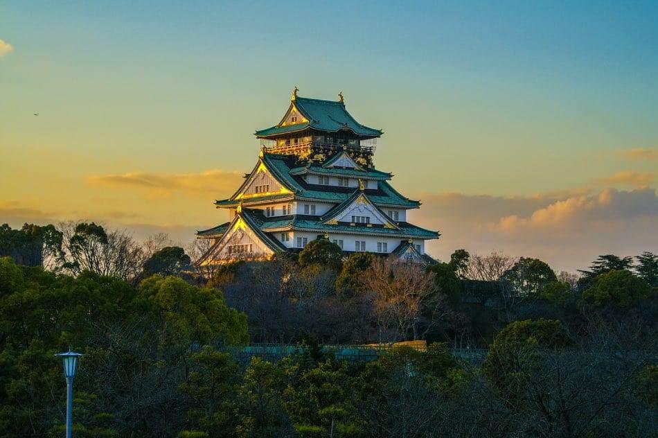 Castello di Osaka al Tramonto