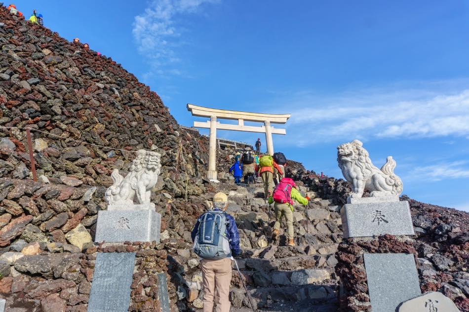 Torii nella Scalata al Monte Fuji